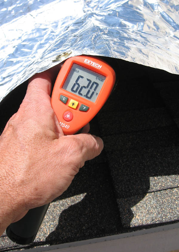 ... Utility room roof used for CoolTarp tests & 62deg-undrCooltrp-sml.jpg